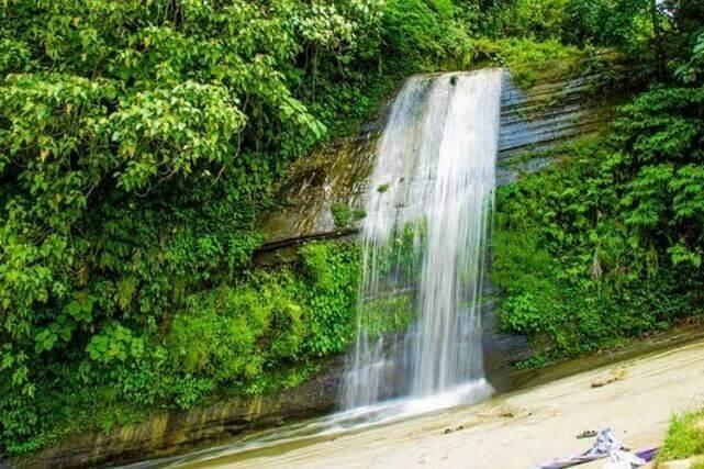 রিসাং ঝর্ণা | Risang Waterfall